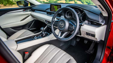 Mazda 6 MY18 review - interior