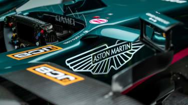 2021 Formula 1 racers – AMR s