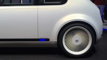 Honda Urban EV Concept live - rear wheel