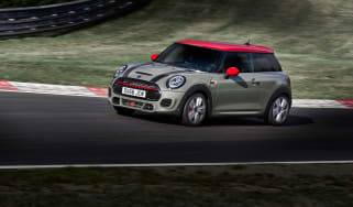 Mini John Cooper Works hatch 2019 facelift pan