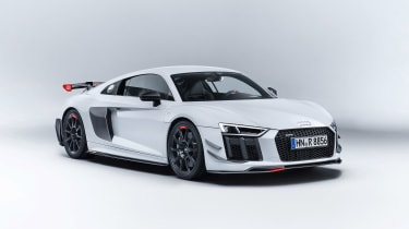 Audi performance parts - R8 front three quarter