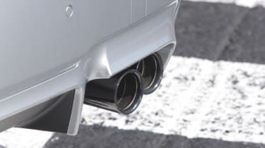 BMW M5 2013 tail pipes