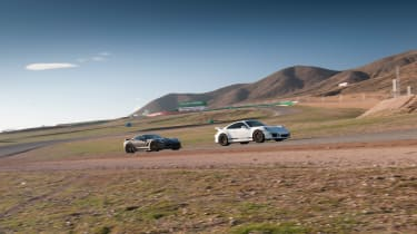 ZO6 v 911 GT3 US - tracks