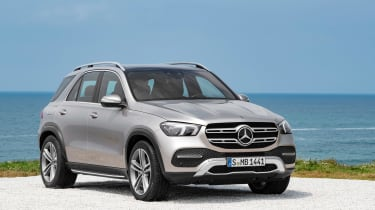 new Mercedes-Benz GLE - front quarter