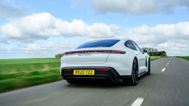 Porsche Taycan 2021 review - Turbo S tracking