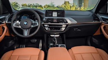 BMW X3 M40i - dash 2