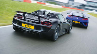 Honda NSX and Porsche 918 – rear