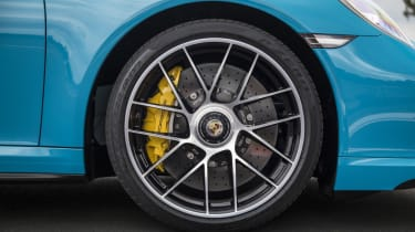 991.2 Porsche 911 Turbo S - wheel