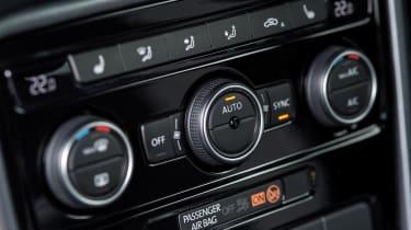 Volkswagen Beetle R-Line air conditioning