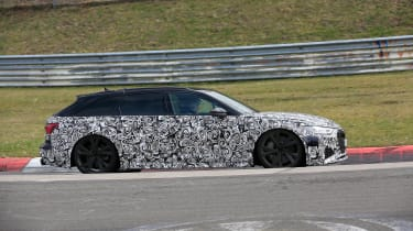 Audi RS6 Avant spied 2019 (body-on) - side