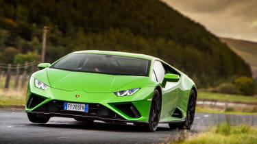 Lamborghini Huracán Evo RWD – front cornering