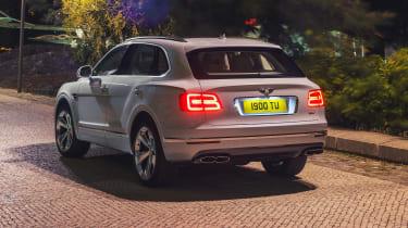 Bentley Bentayga PHEV - rear