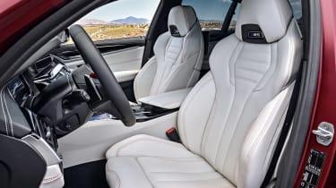 BMW M5 F90 - Plum matte seats