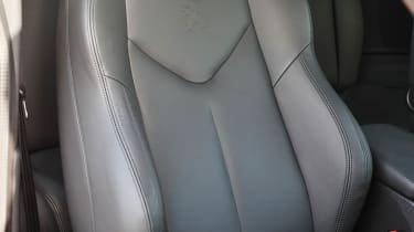 2013 Peugeot RCZ THP 200 GT leather sports seat