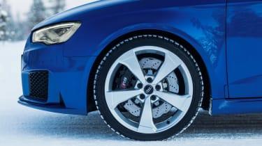 Audi RS3 - snow wheel