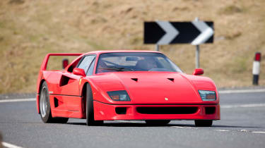 Ferrari F40 v Porsche GT2 RS v Noble M600 v Jaguar XJ220 video