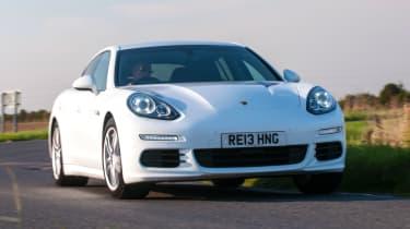 Porsche Panamera Diesel front