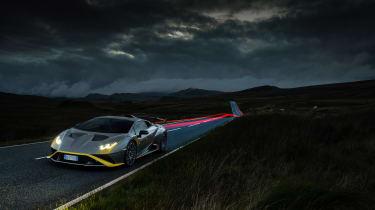 Lamborghini Huracan STO CP – front night
