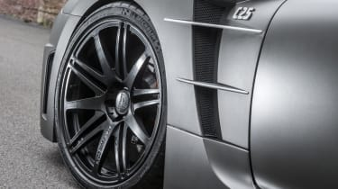 Carlsson C25 featuring Michelin tyres