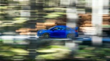 Subaru WRX STI Final Edition - panning