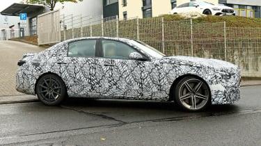 Mercedes-AMG C63 2021 spy - side e