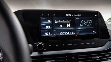 Hyundai i20 N - screen