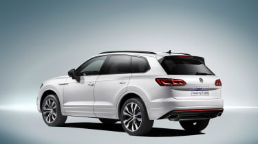 Volkswagen Touareg R-Line - rear quarter