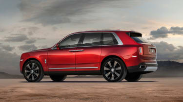 Rolls Royce Cullinan - rear