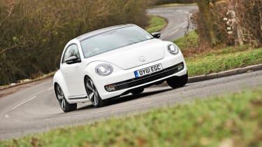Volkswagen Beetle 1.4 TSI Sport front cornering