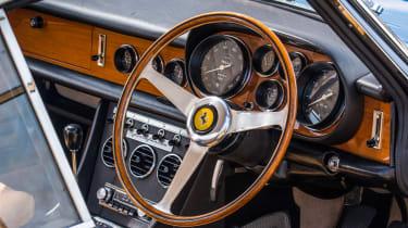 1966 Ferrari 330 GTC - dash
