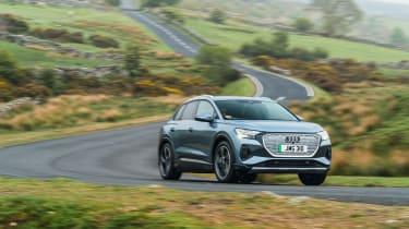 Audi Q4 e-tron 50 – cornering
