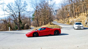 Enzo vs hatches - side