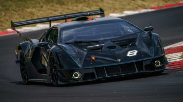 Lamborghini Essenza SCV12 – cornering