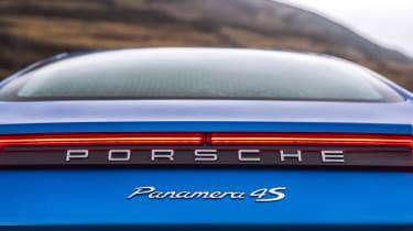 Porsche Panamera 4S Diesel - Badge