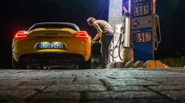 Porsche Boxster Spyder - fill