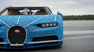 Bugatti Chiron lego - headlights