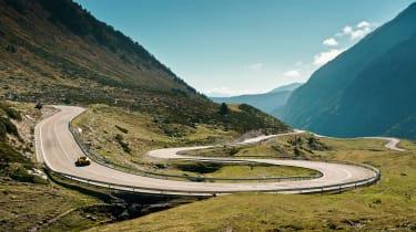 McLaren P1 road-trip