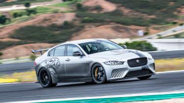 Jaguar XE SV Project 8 - turn in