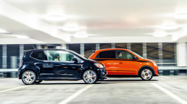 Renault Twingo GT vs Volkswagen Up GTI side pan