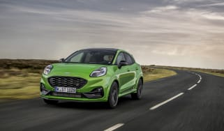 Ford Puma ST 2021 review – front tracking