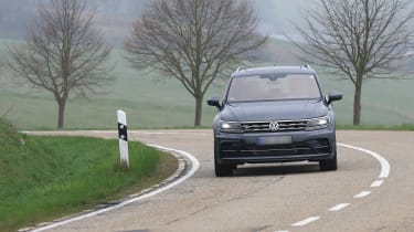 Volkswagen Tiguan R spy - nose