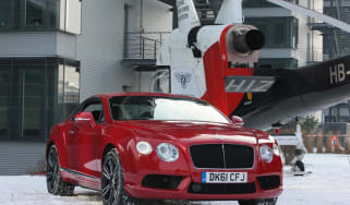 Video: New Bentley V8