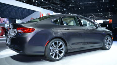 Chrysler 200C launched at Detroit