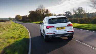 Audi Q5 2021 – rear tracking