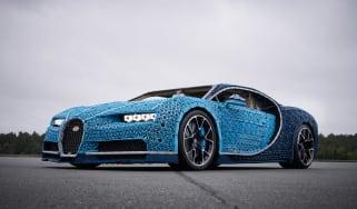 Bugatti Chiron lego - front quarter