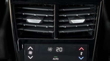DS7 Crossback – rear-row climate controls