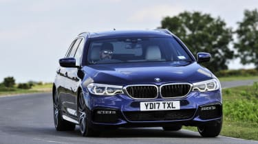 BMW 530d xDrive Touring cornering