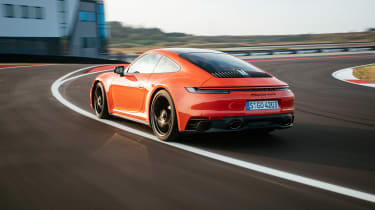 Porsche 911 GTS review (992) – rear tracking