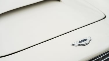 Aston Martin DB6 EV badge