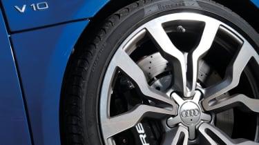 Audi R8 V10 wheel and brake disc